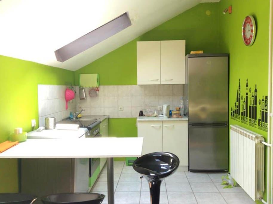 spatious, sunny and fully equipped kitchen