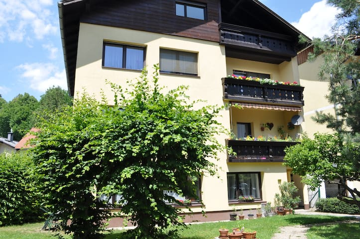 "Apartment ""Ischl Home""  top located"