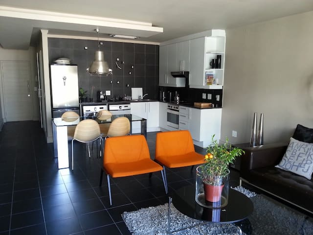 Designer apartment: Cape Town - Cape Town - Apartment