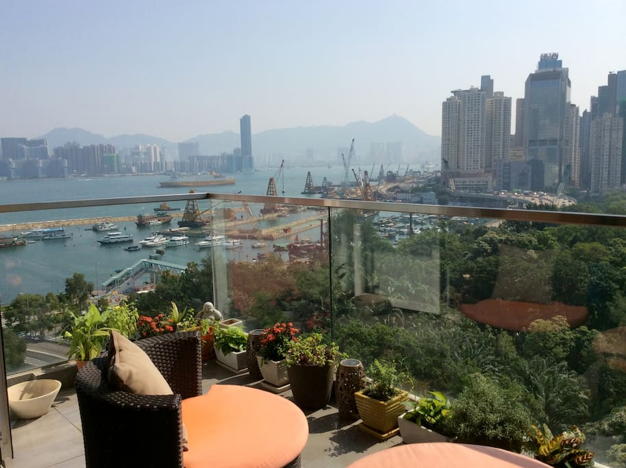 And you also get HK Harbour view for free!