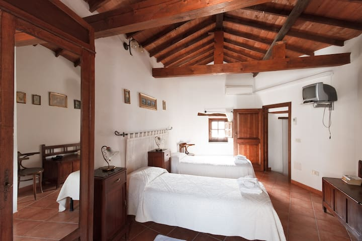 B&B Casa Mascia - Dolianova - Bed & Breakfast