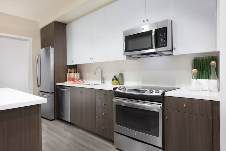 Stay in this Luxury Dogpatch Apartment