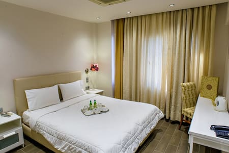 Double Room  - Pireas - Bed & Breakfast