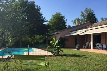 Big house with a swimming pool - Rouffiac-Tolosan - Haus