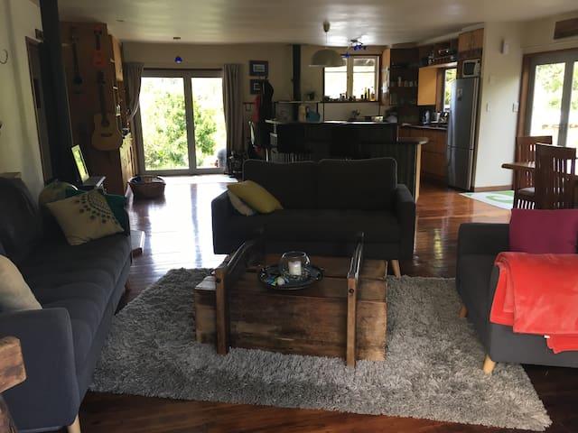 Escape to Matapouri Beach - Matapouri - Casa