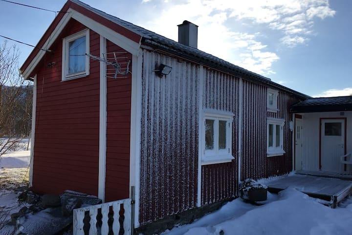 Sjarmerende nordlandshus På Sørfinnset i Gildeskål