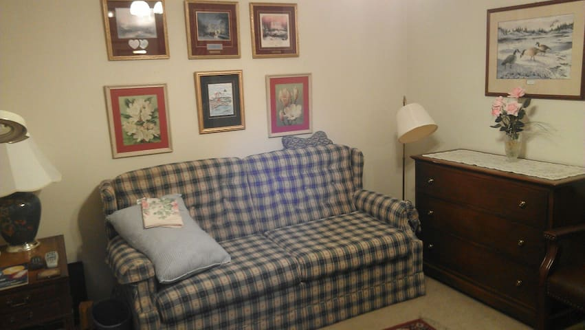 Cozy 2BD for Greenbrier Classic - Covington - Flat