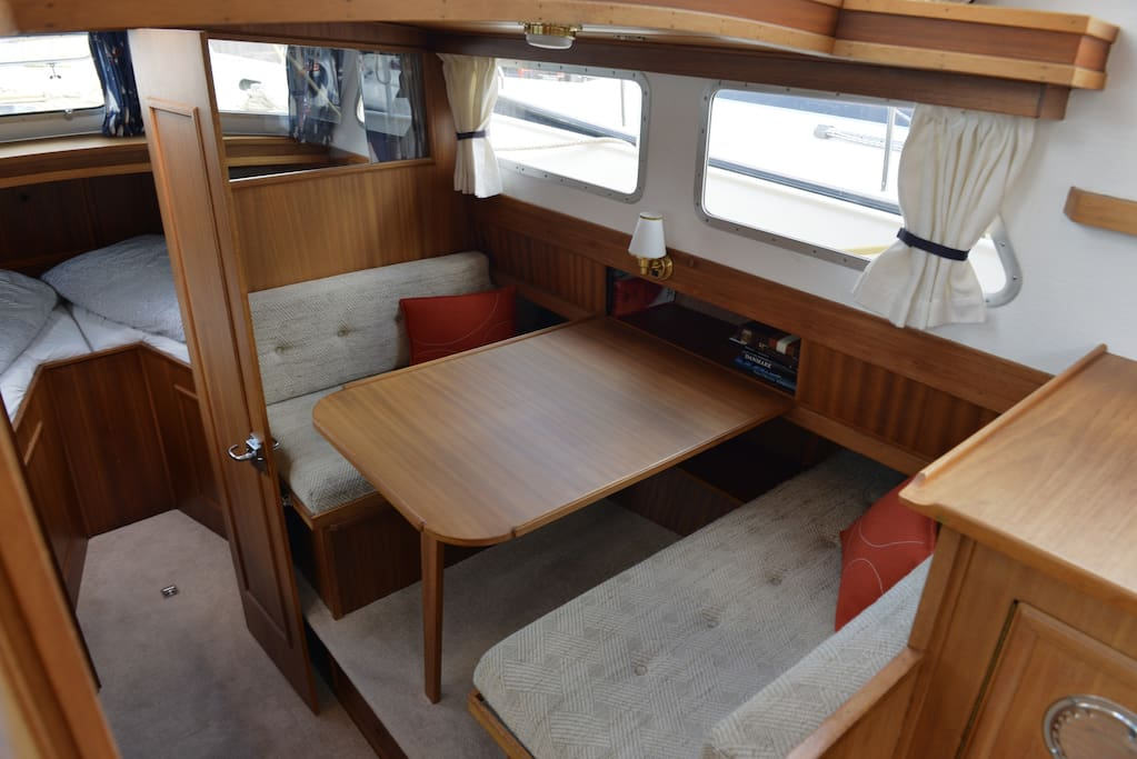 The dining area and crews cabin in the stem.