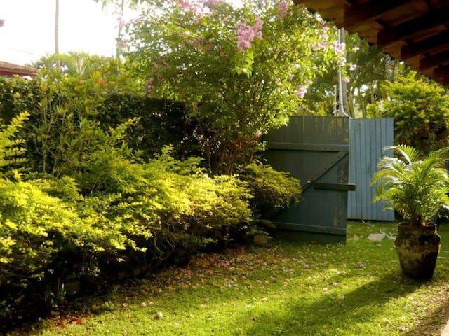 agradável sobrado em Ilhabela - Ilhabela - Ház