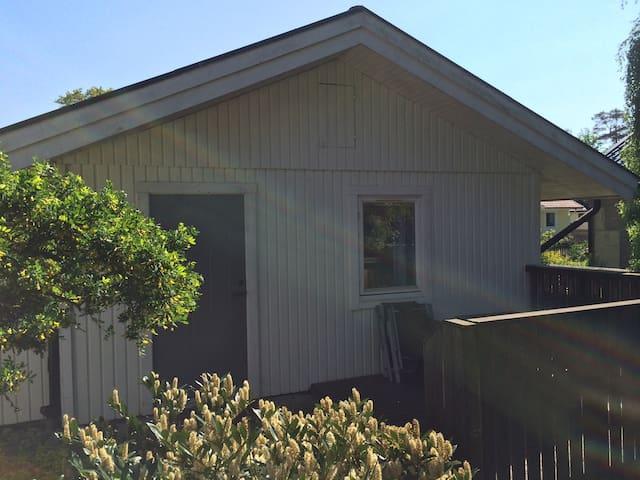 Gårdshus i Mellbystrand - Mellbystrand - 小木屋