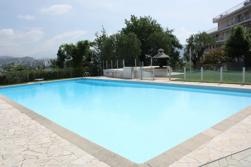 Flat 30 M2 With Swimming Pool Apartments For Rent In