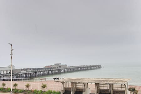 1 Bedroom Apartment with Sea View, Super location - Hastings - Apartment