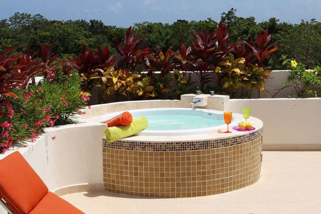 Terrace Jacuzzi for lovely nights