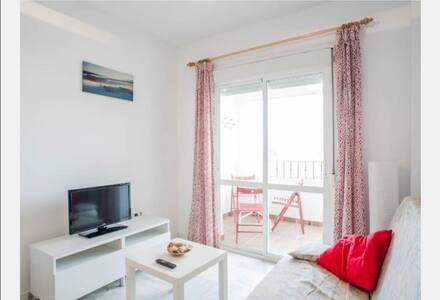 Acogedor apartamento junto al mar