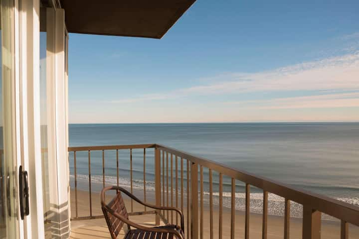 First Class Double Ocean Front Double Bed At Beachfront