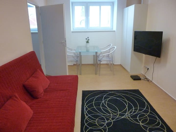 Cute flat with parking,calm area