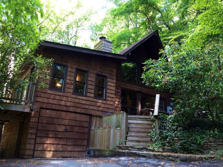 Rustic cabin in asheville forest houses for rent in for Rustic cabins near asheville nc