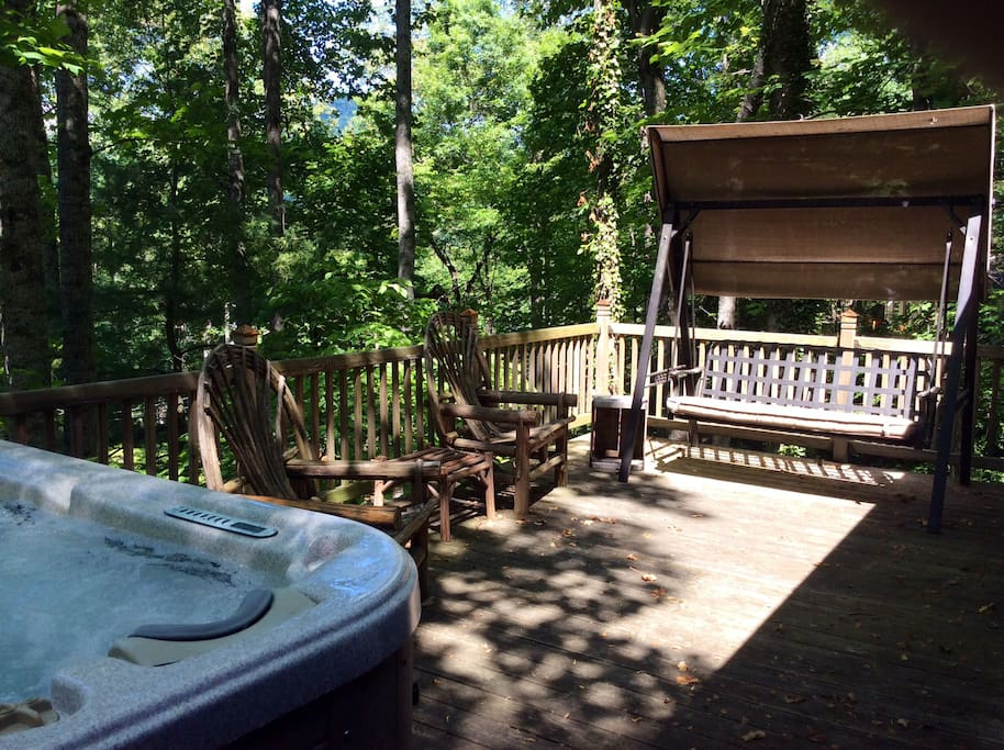 Deck w/ seating and hot tub for 6