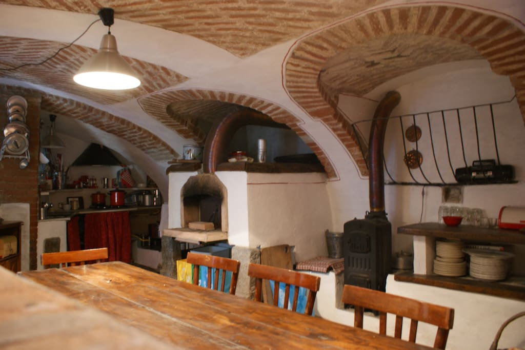 autonomously runned kitchen cucina in autogestione  1