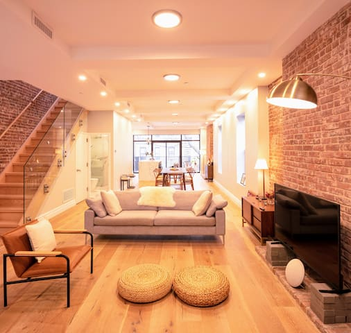 1min to Subway&Park - Spacious Luxury 4BA 3BR 4Bed