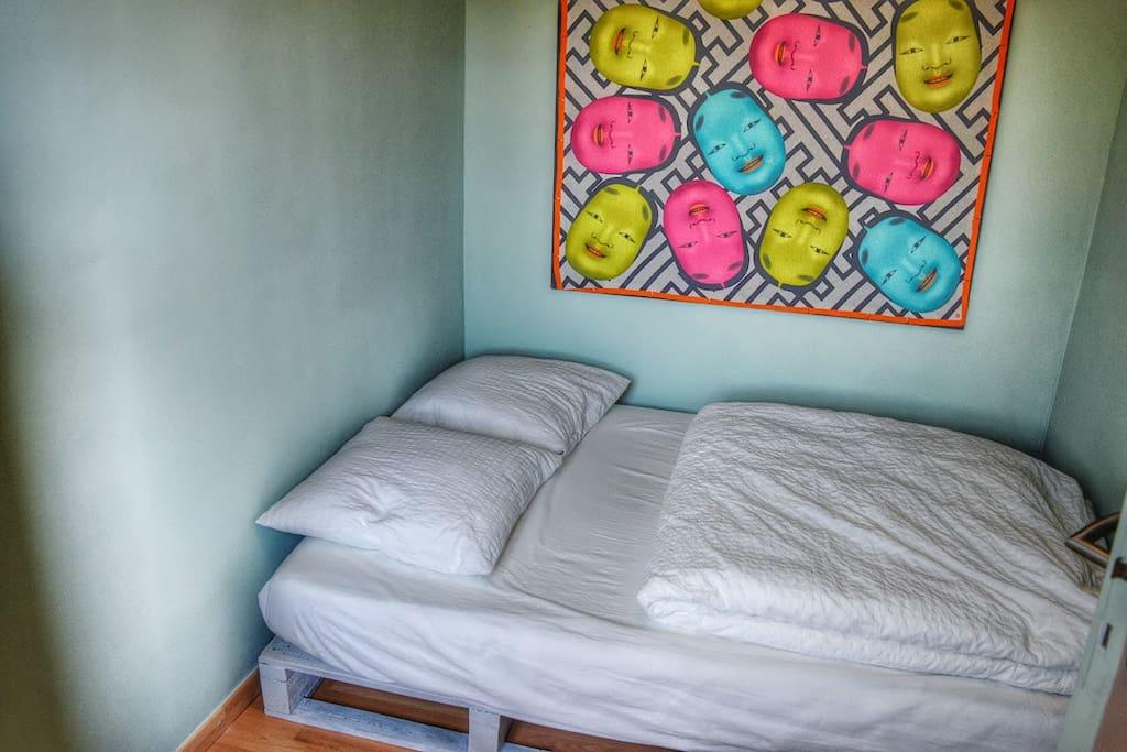 chambre, matelas neuf