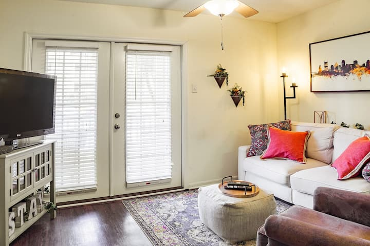 Clean apt just for you | 1BR in Nashville