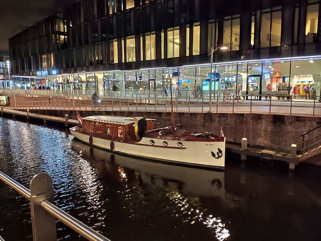 """Antique salonboat """"Tromp"""" 1938 Delft/The Hague"""