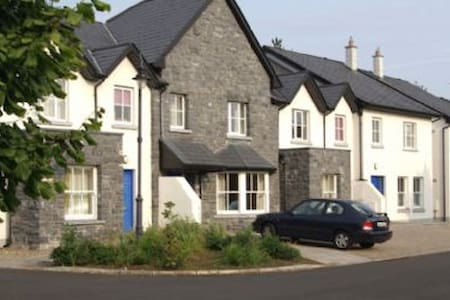Bunratty West Holiday Home - 3 Bed - Bunratty