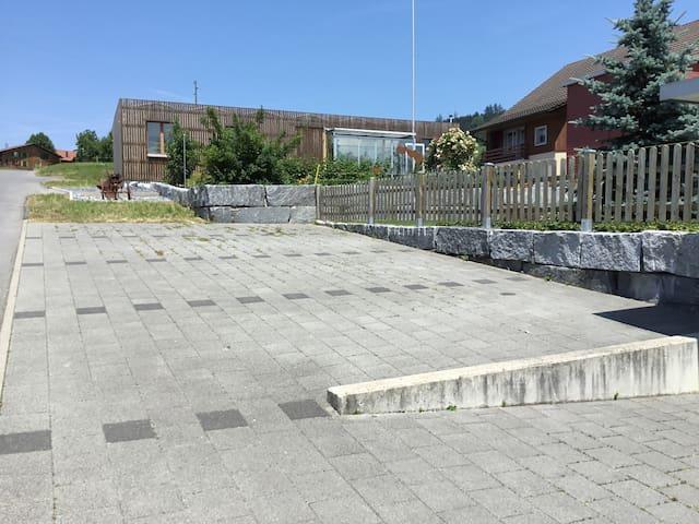 Parkplatz für Gäste