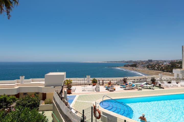 Beachside San Agustin studio with amazing view