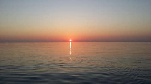 Sunrise Surf View.   Kudahuvadhoo