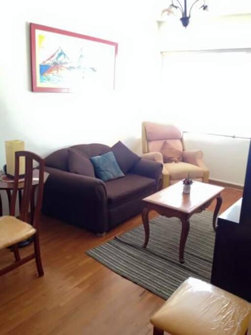 El sillon, es sofa-cama.