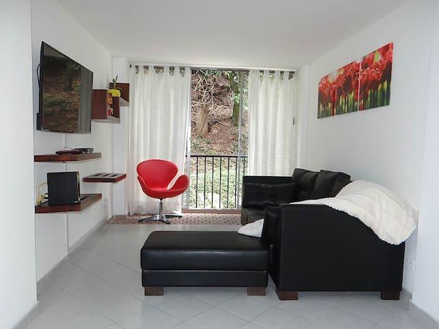 Comfortable, quiet & well-located flat in Laureles