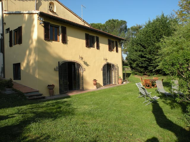 Country House with garden and wifi - Montespertoli, Florence - Huvila
