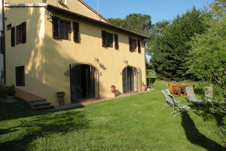Country House with garden and wifi - Montespertoli, Florence - Villa
