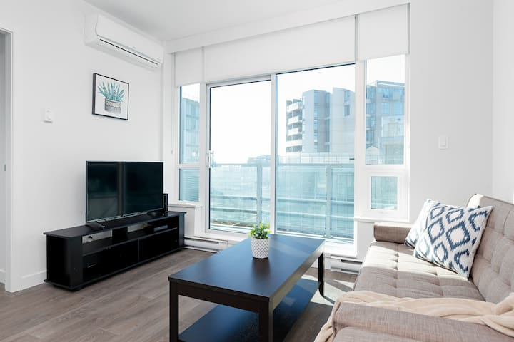 Comfortable New 2BDR 1BA Condo