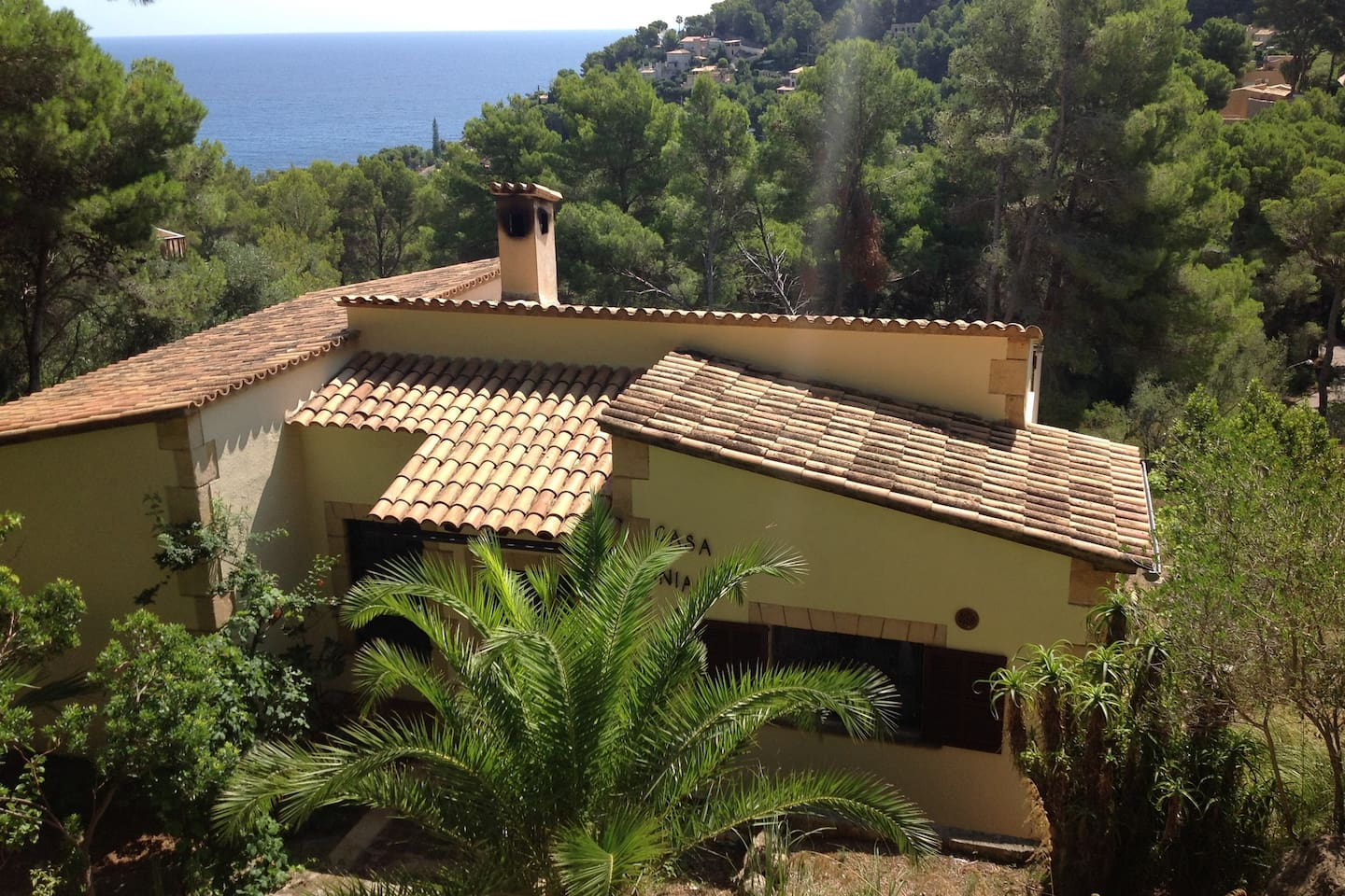 Beautiful traditional but modernised villa set in quiet location