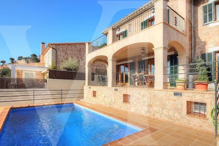 Villa with pool in Valldemossa