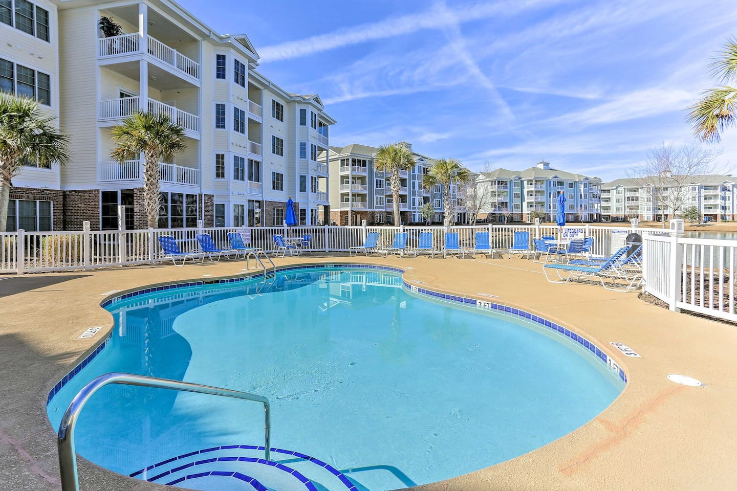 Dive headfirst into relaxation at this vacation rental condo in Myrtle Beach!