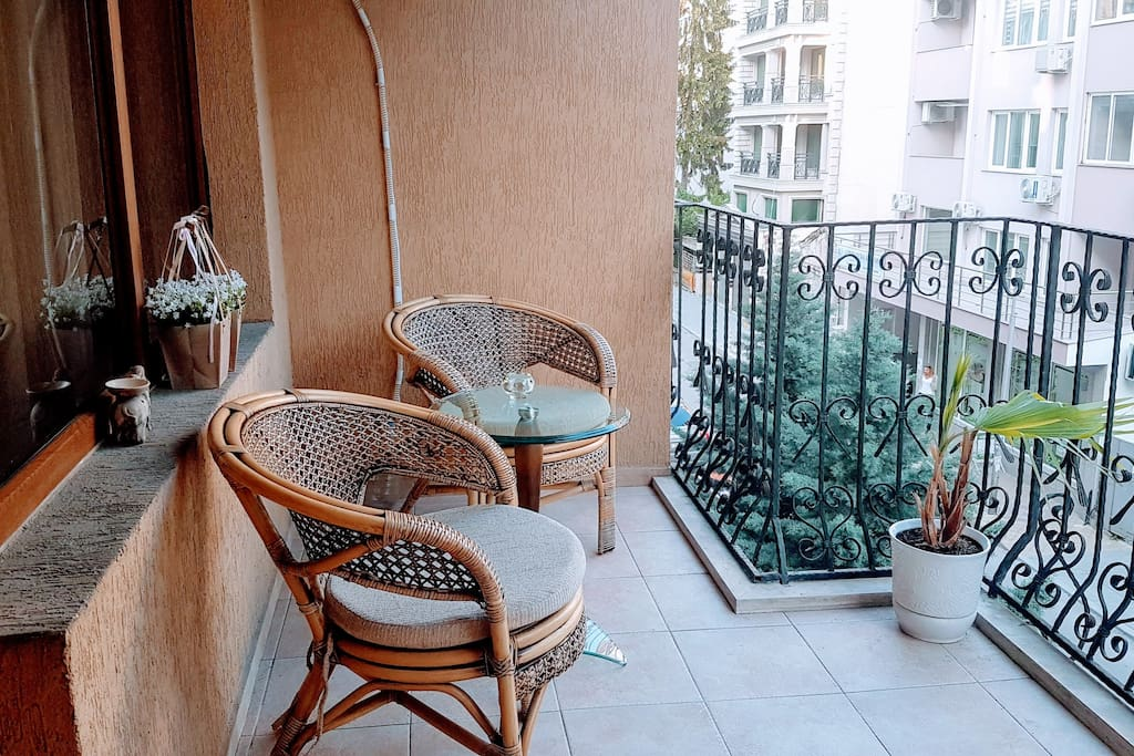 Apartment with nice and big balcony for your morning coffee