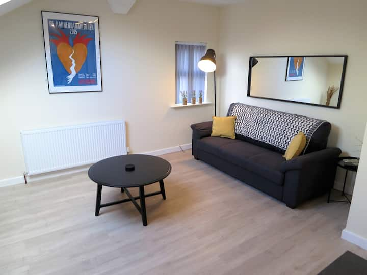 New Apartment In Ideal Didsbury Location