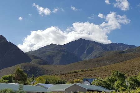 Smit House Self Catering Apartment - Montagu