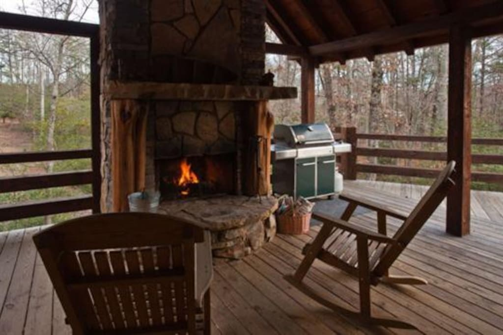 Outdoor fireplace overlooking the mountains