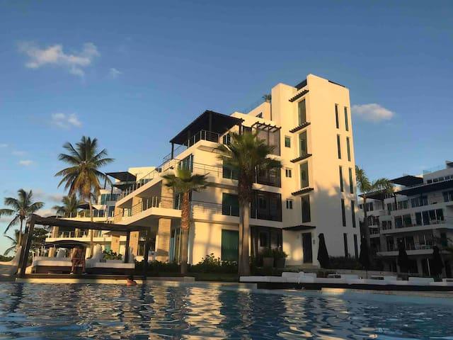 Gansevoort Paradise - Luxury Penthouse, Sosua D.R.