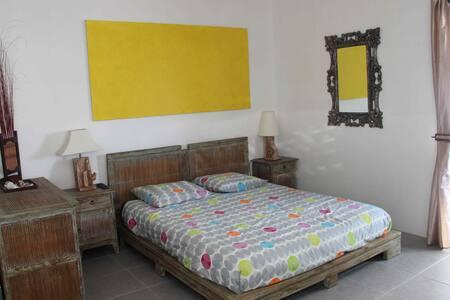 Beau studio 5min Baie des Citrons