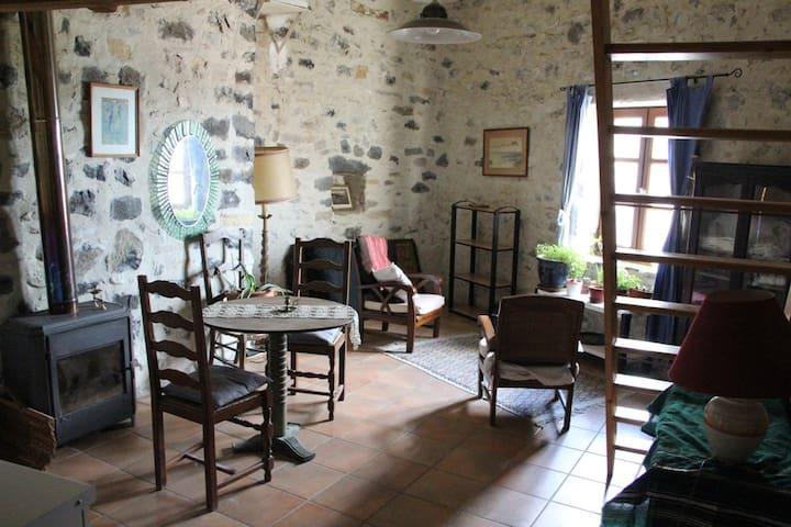 Charmant duplex dans citadelle  - Mirabel - บ้าน