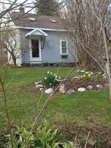 Comfortable Cottage - Stephentown Center - House