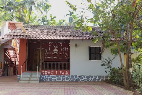 Aapli Wadi Homestay - Bungalow with 2 Bedrooms