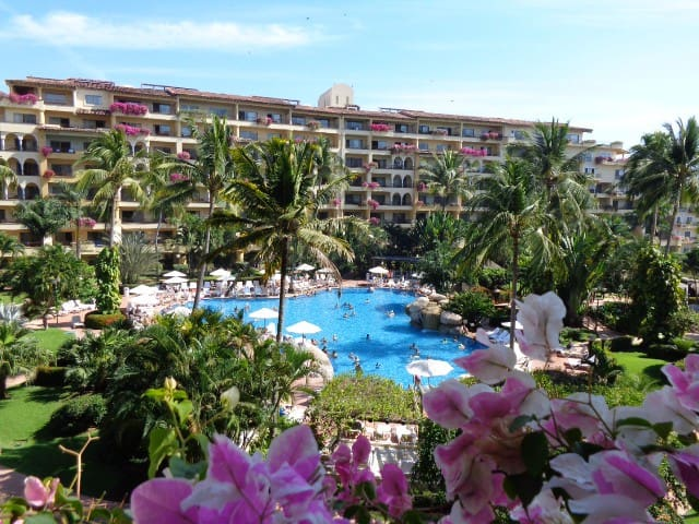 Perfect Place Velas Vallarta Resort