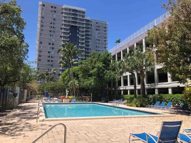 Cozy 1 Bedroom Apt Downtown/ Wynwood Miami !!!
